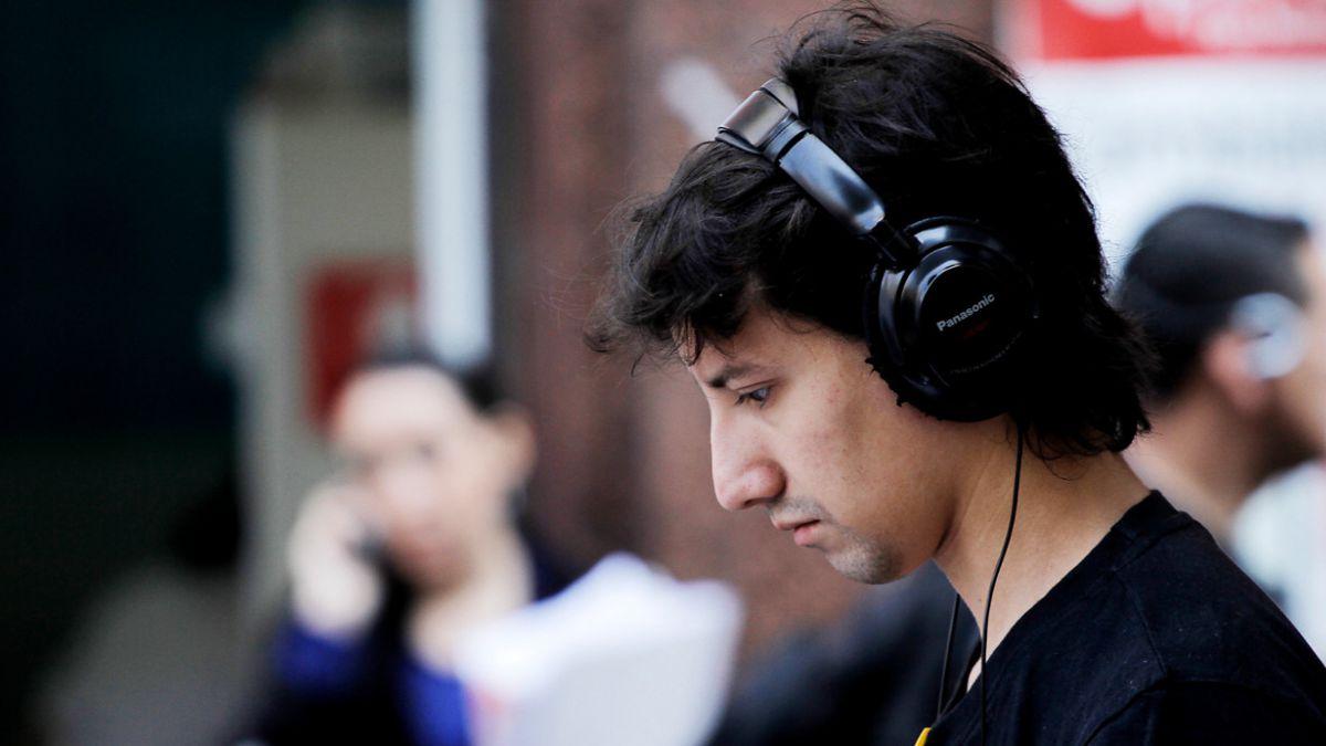 Senado despacha a ley proyecto de 20% para música chilena