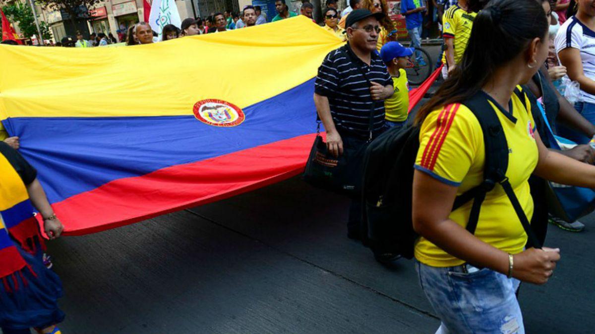 Crearán nueva visa para extranjeros que tengan contrato de trabajo en Chile