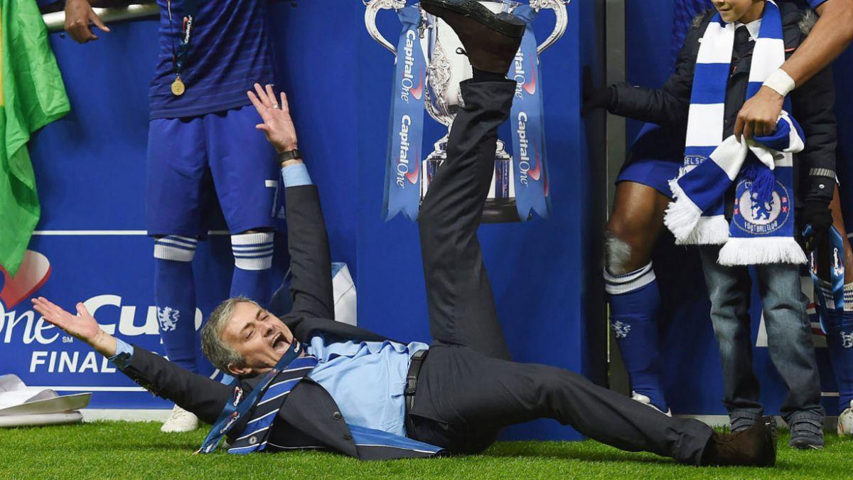 [VIDEO] La irreverencia de Mourinho tras ser campeón en 5 momentos