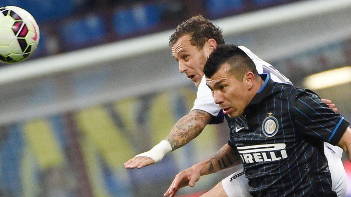 Fiorentina sin chilenos frena a Inter de Gary Medel