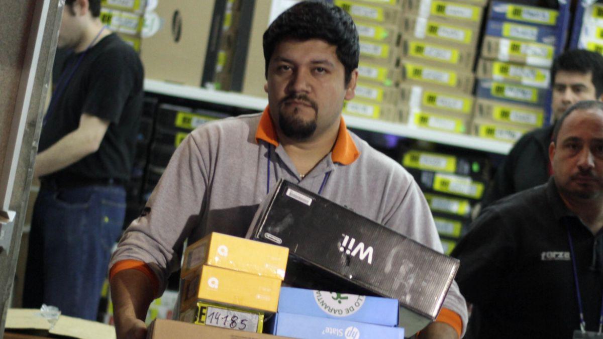 Tienda de computación realizará este martes su tradicional venta de bodega