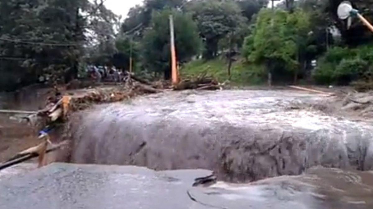 Argentina: Desbordan ríos y arroyos por fuerte temporal en San Luis