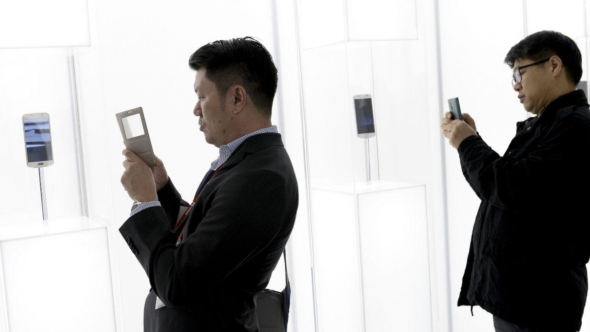 Las novedades más curiosas de la feria de telefonía móvil