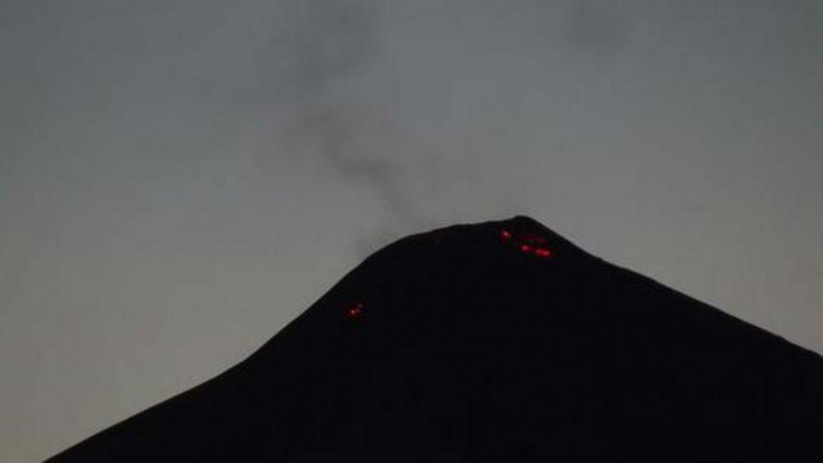 [FOTOS] La erupción del volcán Villarrica vista por residentes y turistas