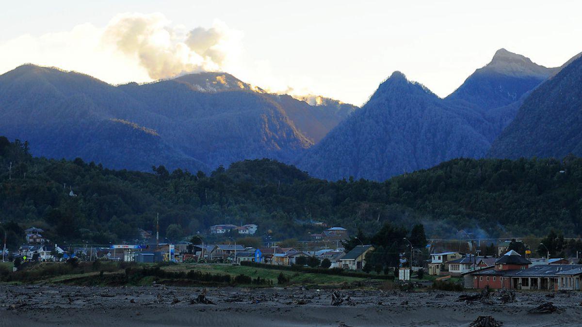 Actividad que presenta volcán Chaitén es calificada como normal