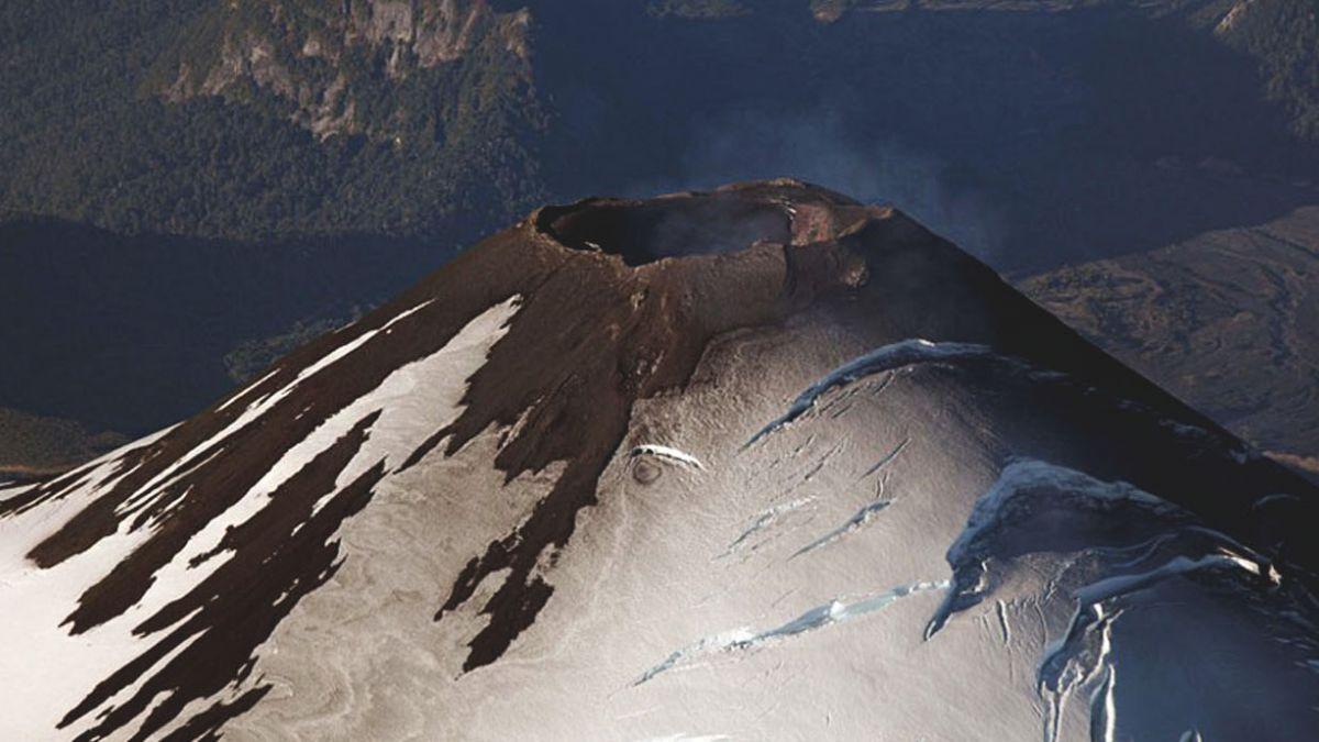 Volcán Villarrica: Sernageomin baja alerta a amarilla