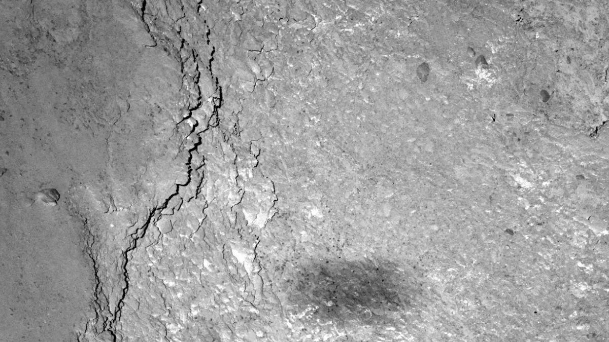 Rosetta envió foto de su sombra a más de 500 millones de kms de la Tierra