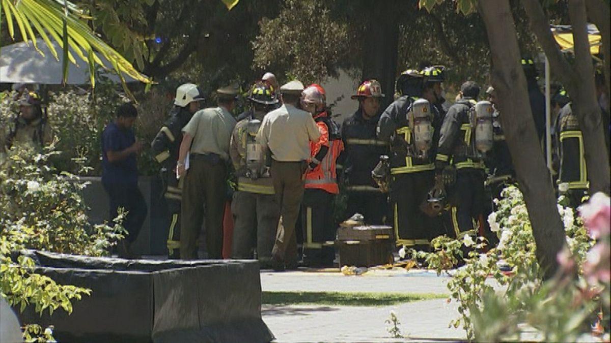 Tres personas mueren por inhalación de gases en clínica de Vitacura