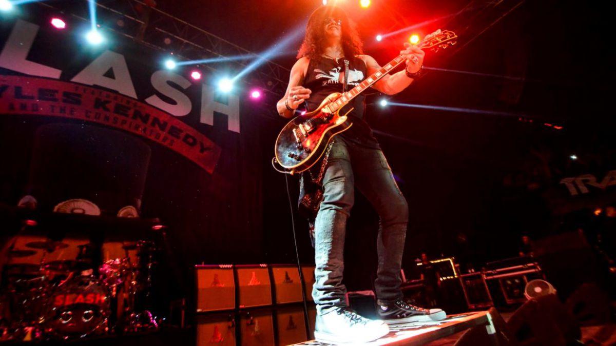 [FOTOS] Slash: Así fue el show del ex Guns N Roses en Chile