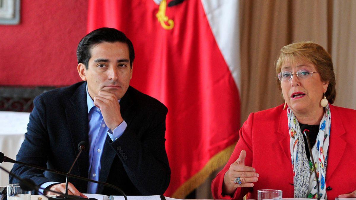 Bachelet encabeza gabinete ministerial para definir hoja de ruta del gobierno para este 2015