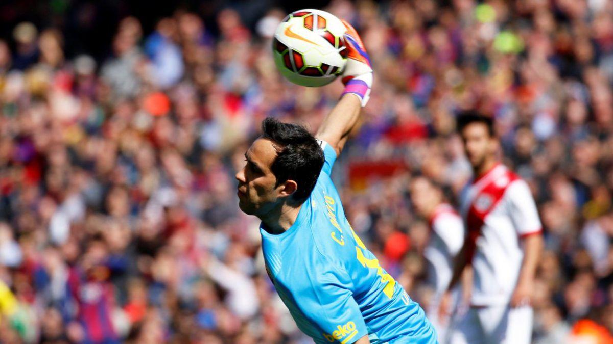 Los números de Bravo que marcan su consolidación en el Barcelona