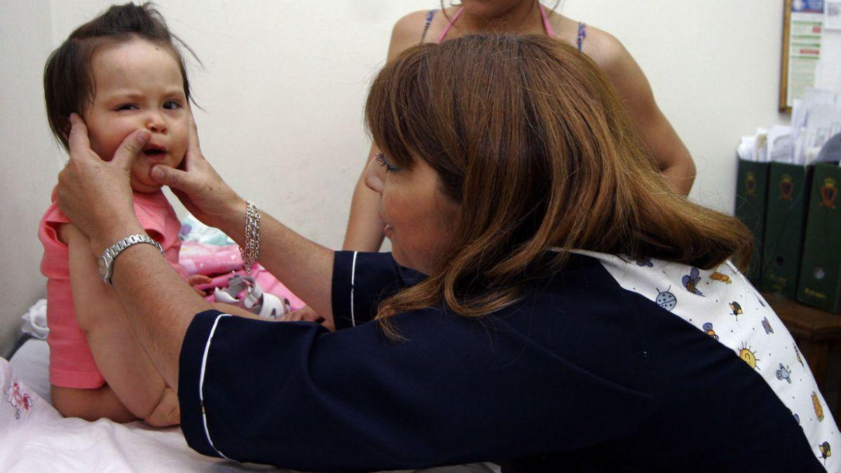 Minsal: Controles de salud de niños incluirán nuevas pruebas desde 2015