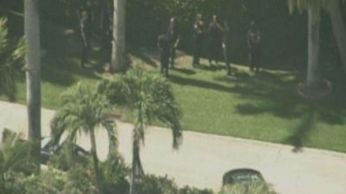 Cuatro personas habrían protagonizado un tiroteo afuera de la mansión de Lil Wayne