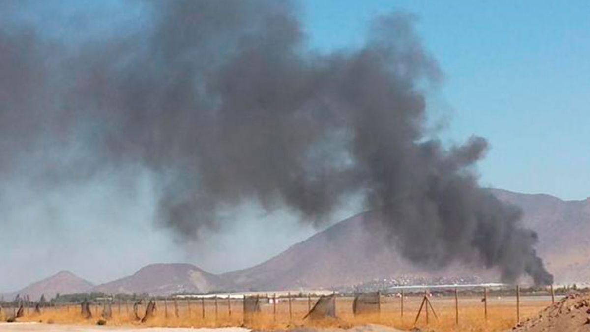 Explosión afecta a empresa en las cercanías del aeropuerto