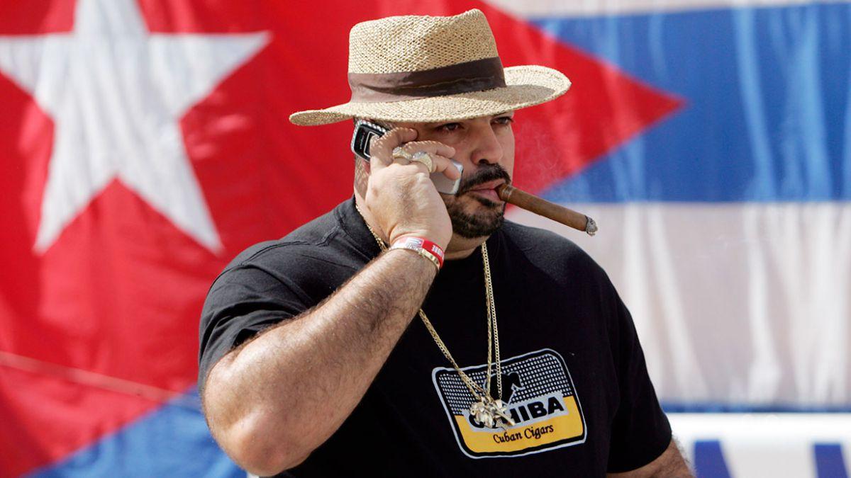 Conexión telefónica directa EE.UU.-Cuba ya está en marcha
