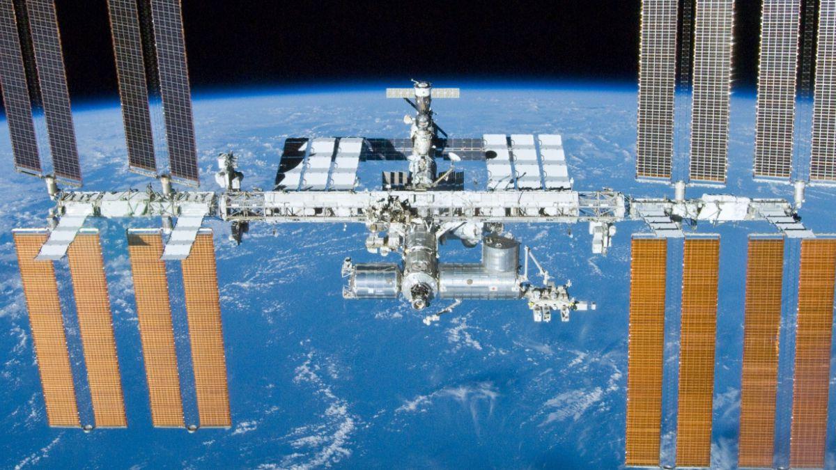 Astronautas de la Estación Espacial Internacional regresaron a la Tierra