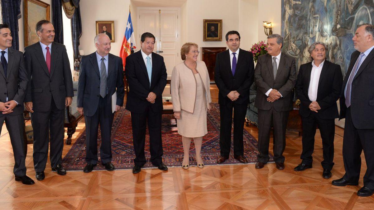 Nueva Mayoría presentará propuesta paralela a la de comisión presidencial anticorrupción