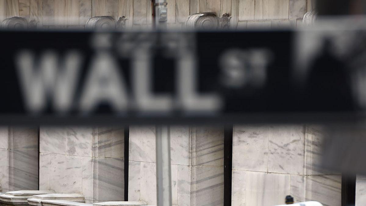 Tras caída en China: Wall Street abre en baja con índices Dow Jones en -0,48% y Nasdaq -0,85%
