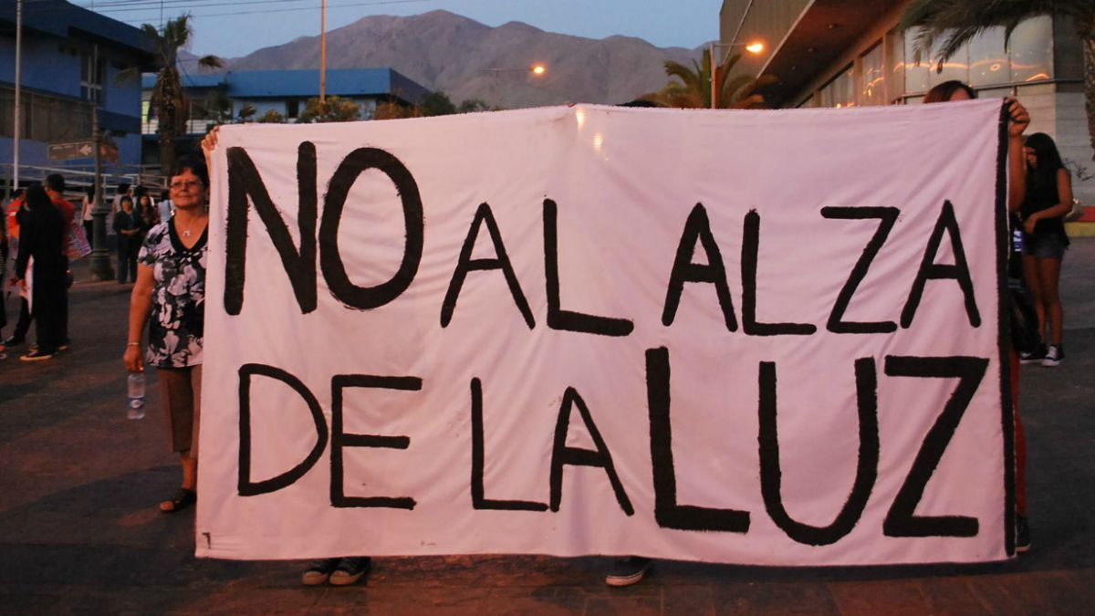 Municipio de Tocopilla amenaza con paro total por alzas en cuentas de luz