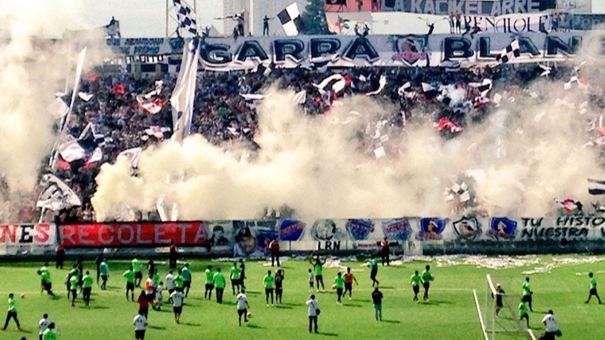Más de 8 mil personas estuvieron en el banderazo de Colo Colo