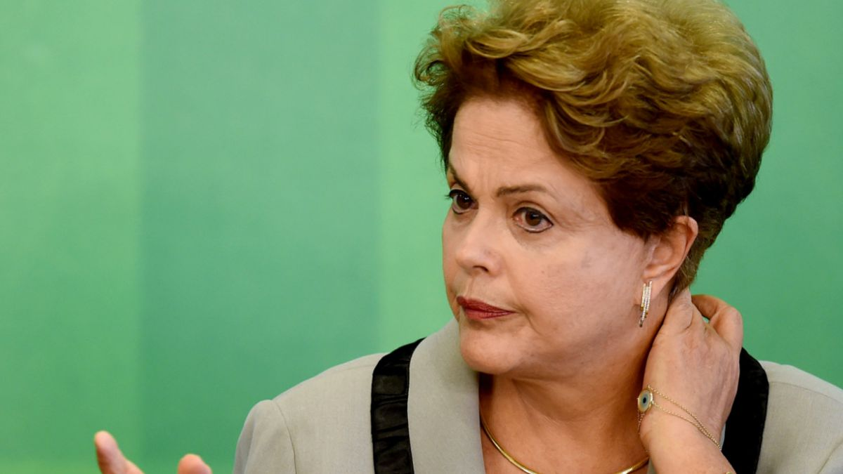 Rousseff: Brasil tiene suficientes reservas para lidiar con oscilaciones del dólar