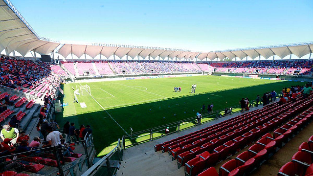 [Interactivo] Antes y después: la renovación de los estadios en Chile