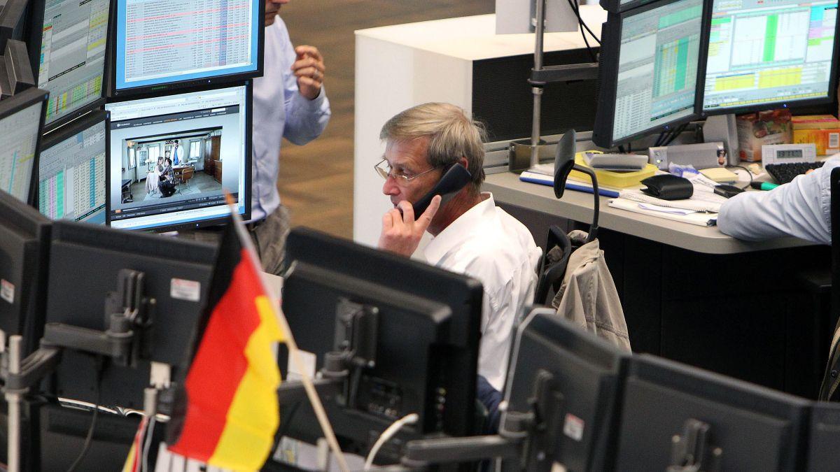 Las principales bolsas europeas caen más de 1% al iniciar la sesión