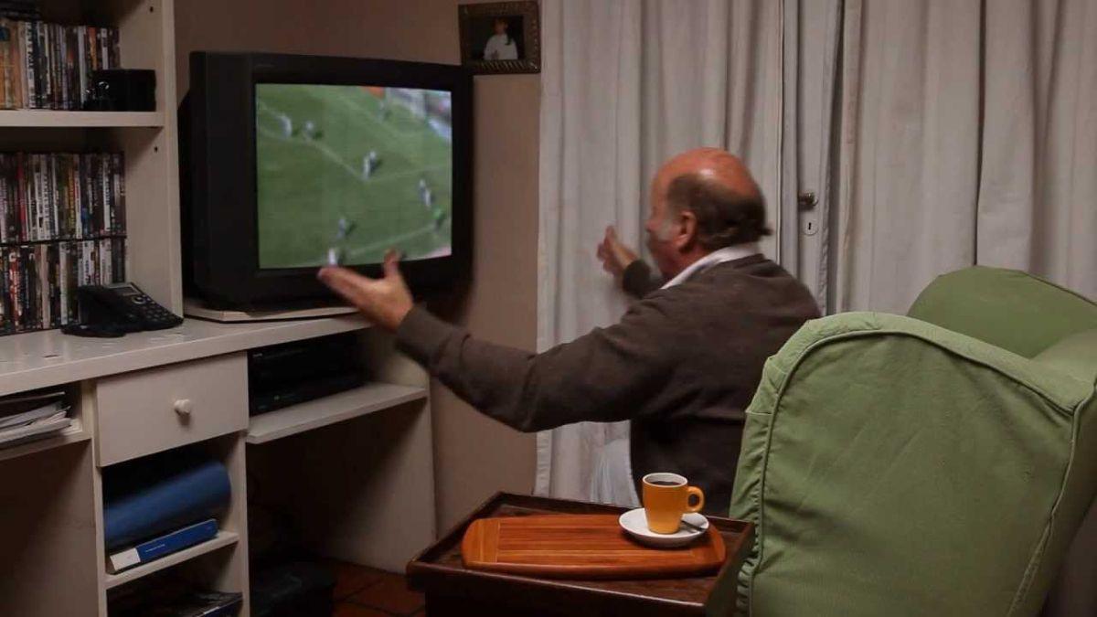 Los videos más memorables del Tano Pasman, el hincha más famoso de River Plate