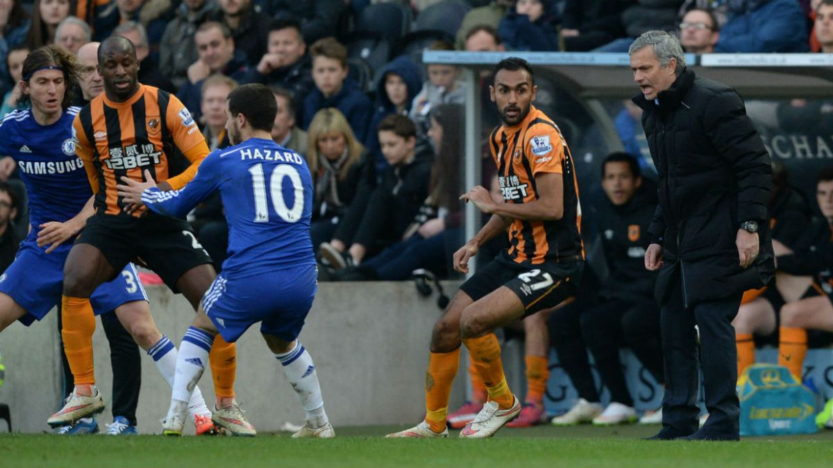 Chelsea gana al Hull City y le saca ventaja al City de Pellegrini
