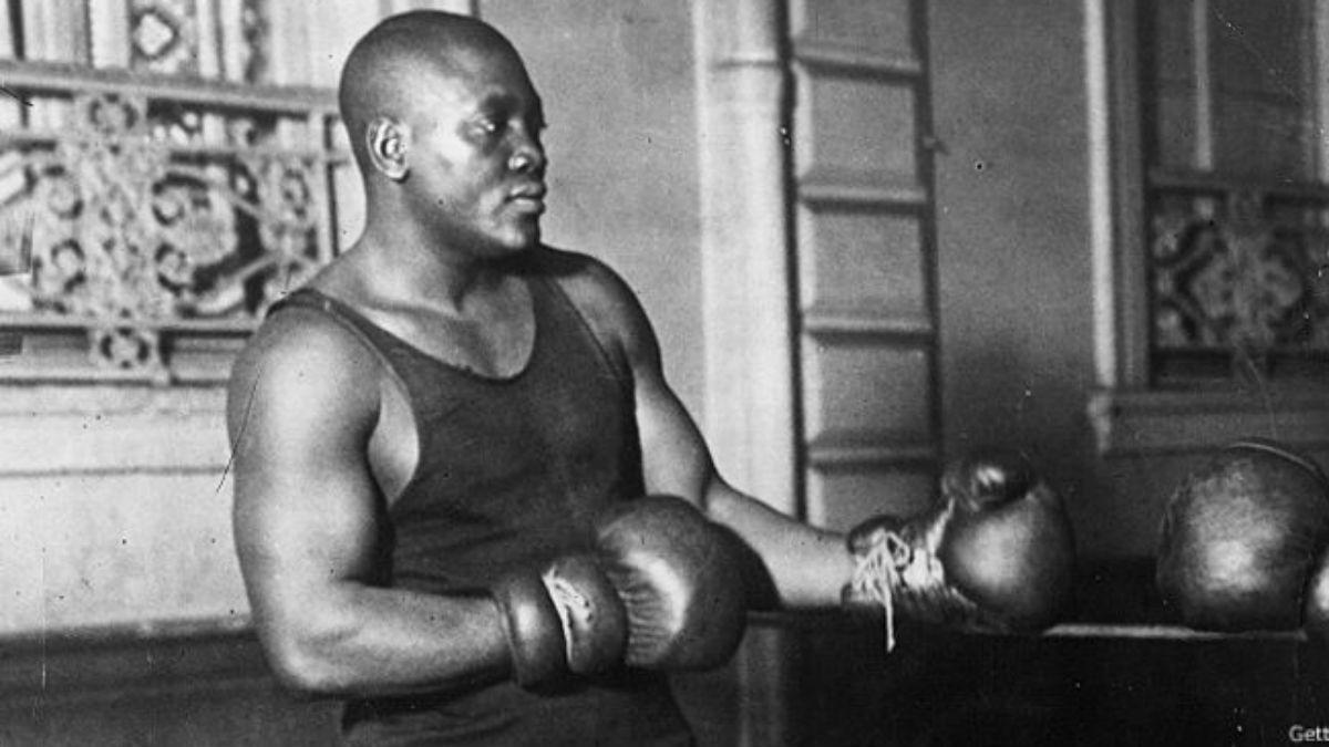 Jack Johnson: El legendario boxeador negro a quien buscan perdonar 100 años después