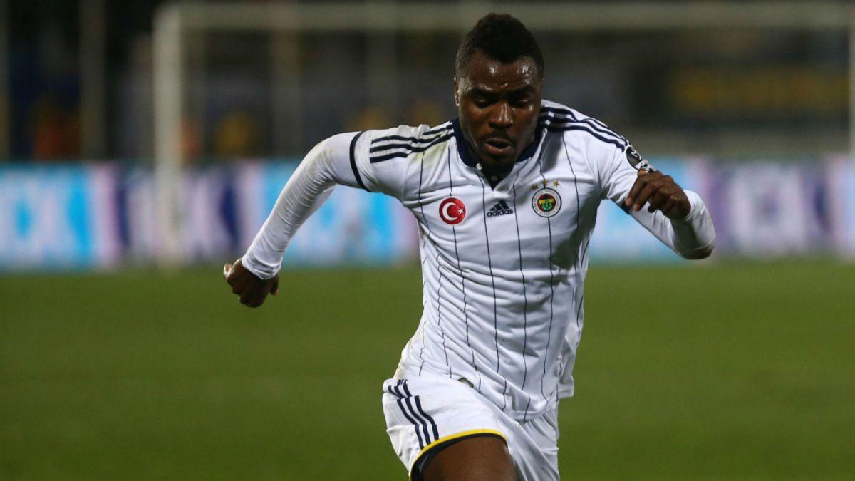 [VIDEO] Turquía: Jugador nigeriano intenta abandonar partido por insultos racistas de sus hinchas
