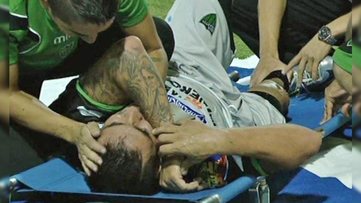 A propósito de la patada de Orion: Revive las 10 peores patadas de la historia del fútbol