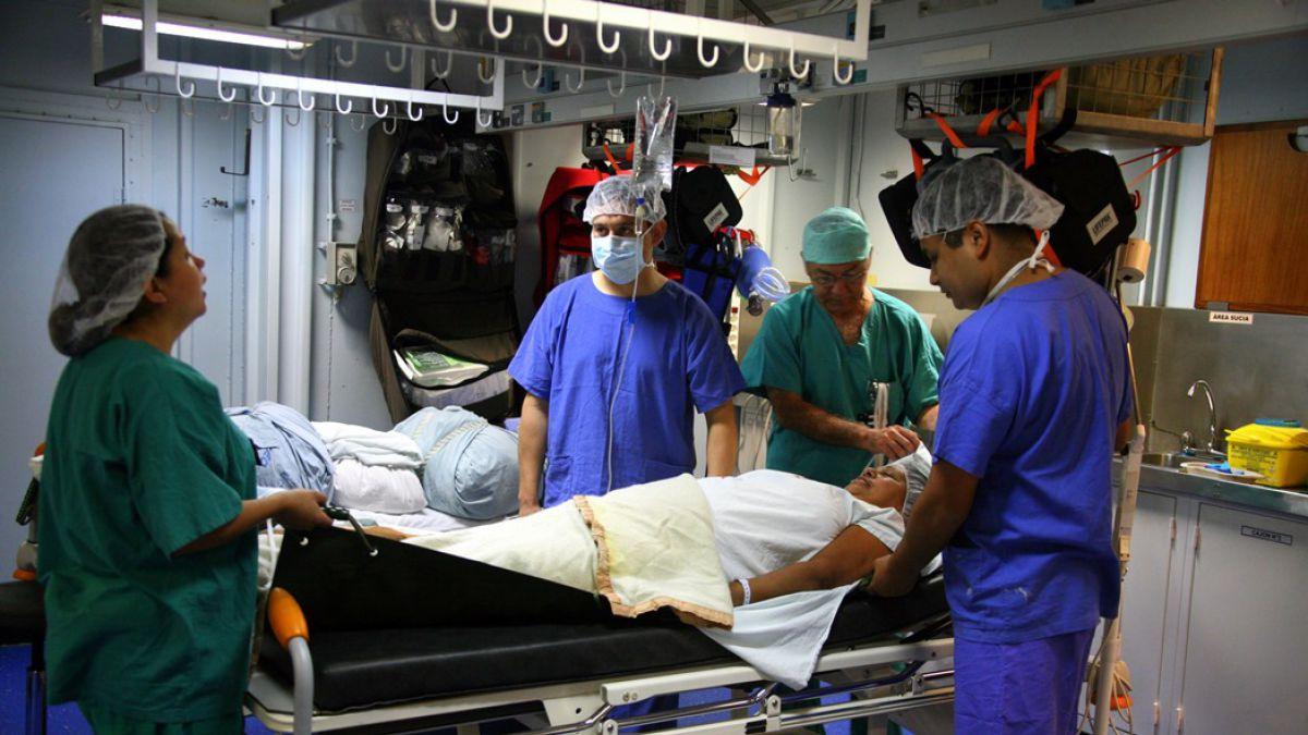 [FOTOS] Armada envía un buque hospital para ayudar a la catástrofe en el norte