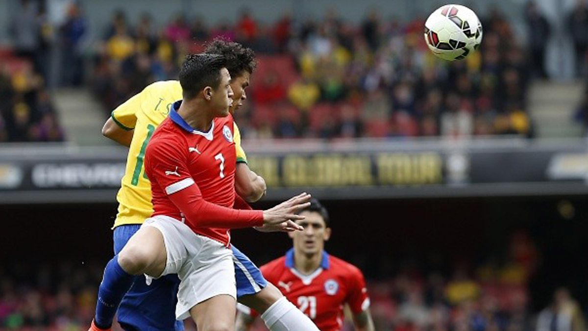 No perdonan: Brasil tuvo una y venció a Chile