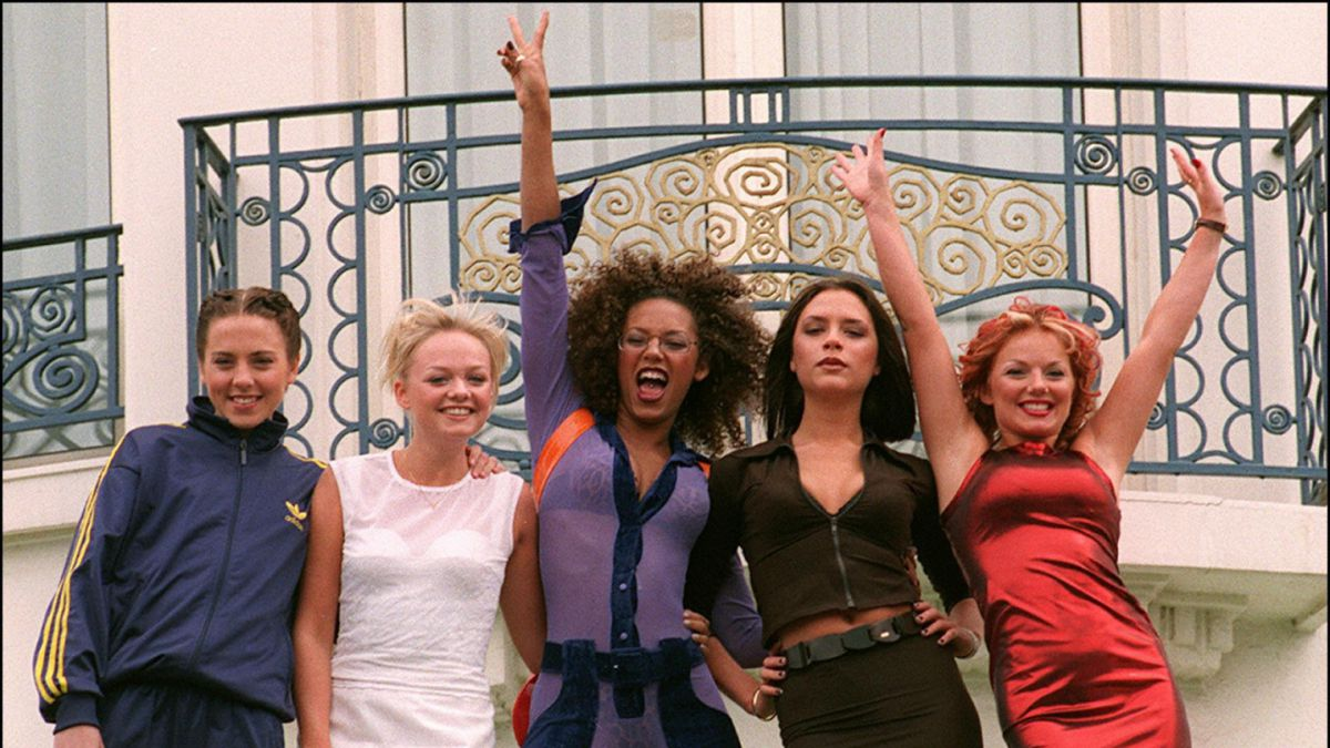 [VIDEO] Medio estadounidense confirma que no todas las Spice Girls fueron invitadas a la Boda Real