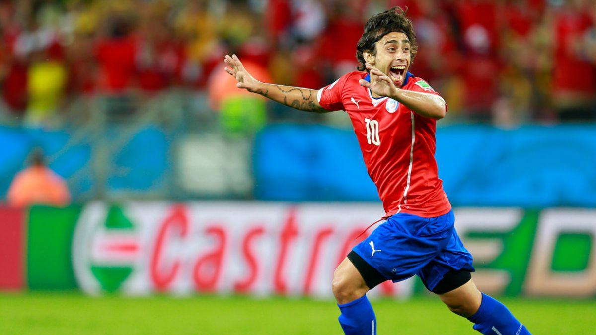 Técnico de Palmeiras se queja por ausencia de Valdivia durante la Copa América