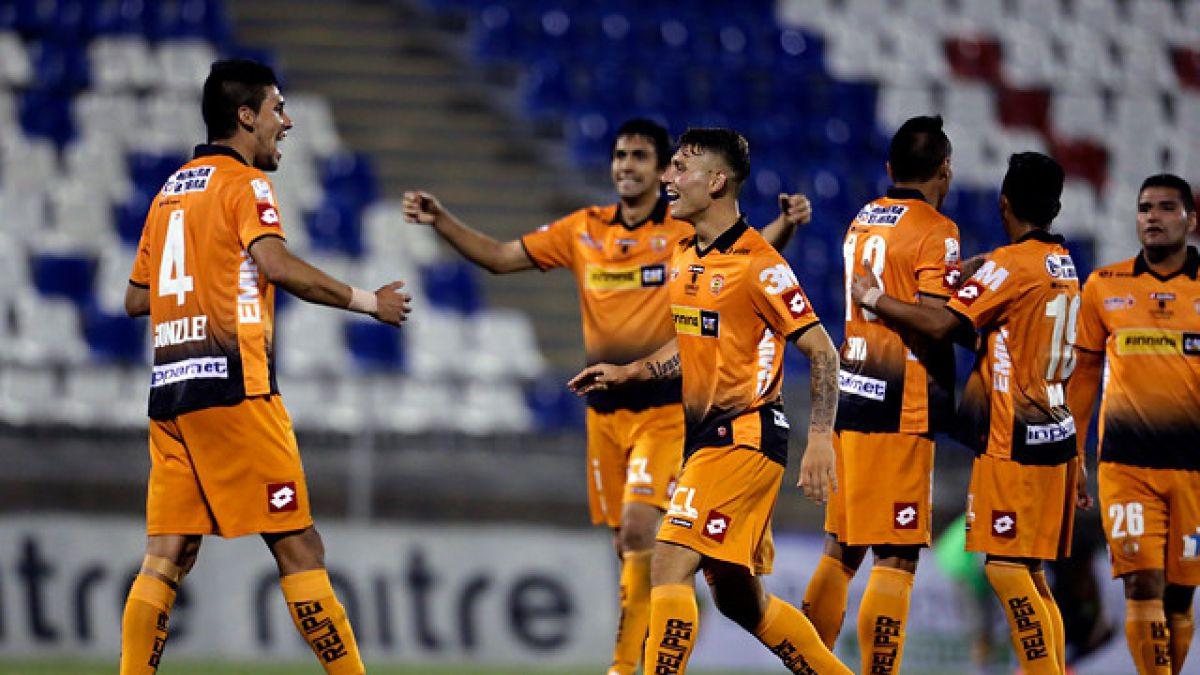 Cobreloa consiguió goleada vital en su lucha por salvarse del descenso