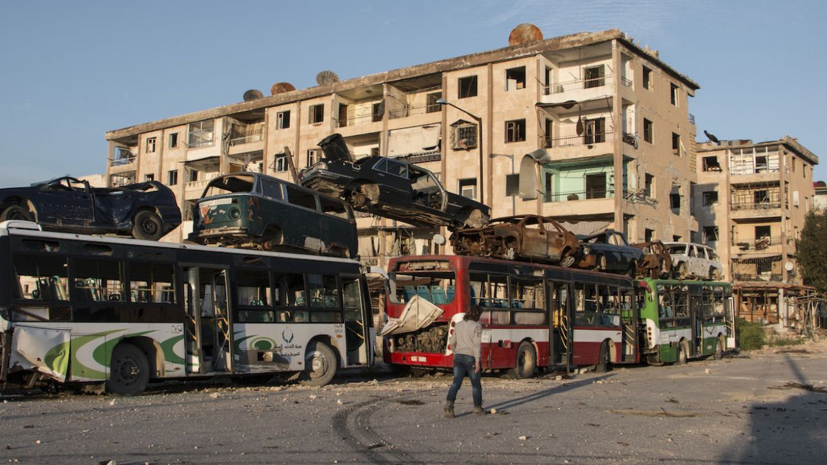 Rebeldes islamistas secuestran a 300 kurdos en Siria