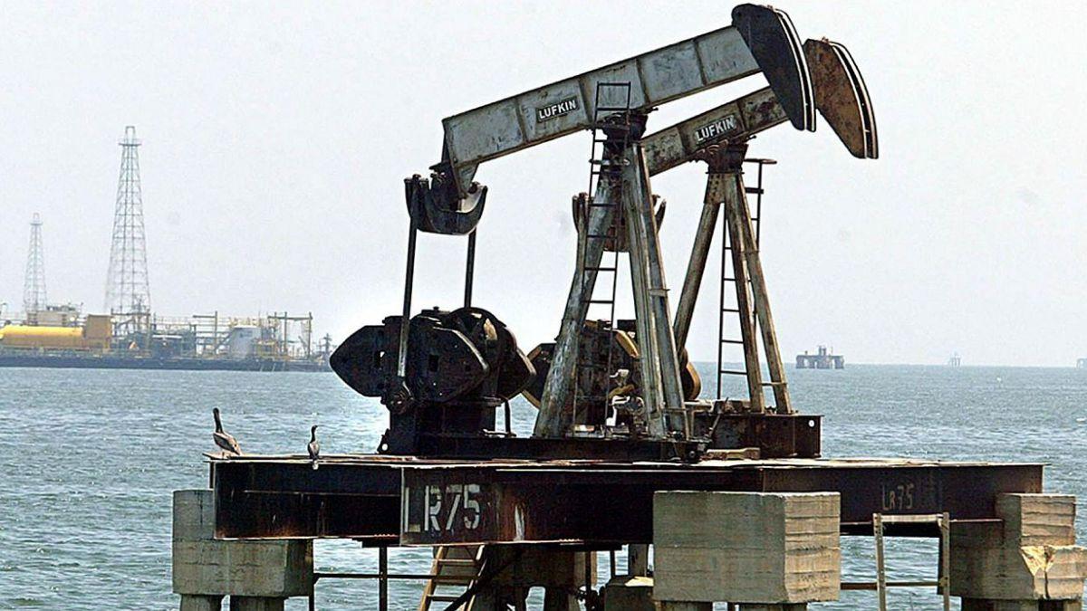 Los precios del petróleo suben en Asia
