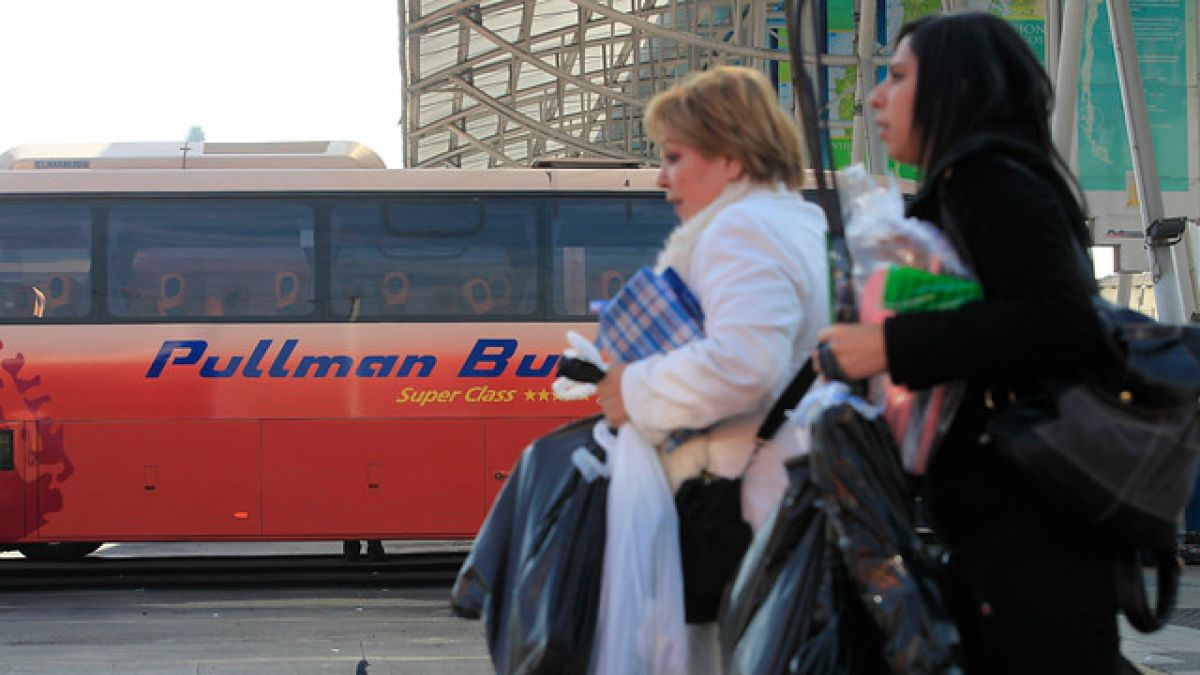 Corte Suprema ratifica multas de $898 millones a empresas de buses por colusión