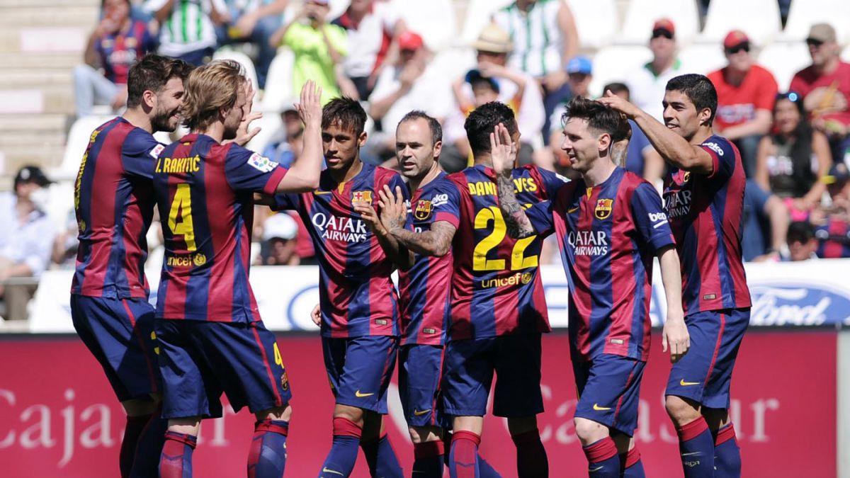 FC Barcelona aplasta a Córdoba y sigue firme hacia el título en España