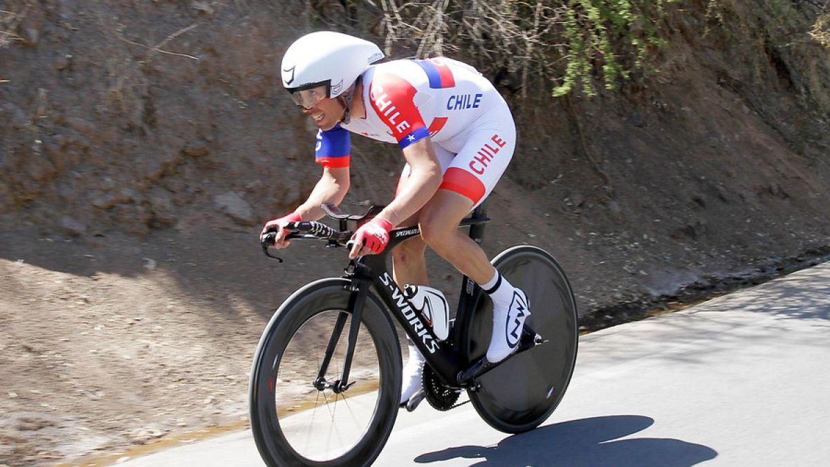 Ciclista Carlos Oyarzún gana oro en Panamericano y clasifica a los JJ.OO. de Río 2016