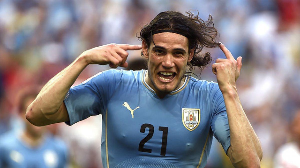 """Cavani y dos jugadores de la """"U"""" lideran Prenómina de Uruguay"""