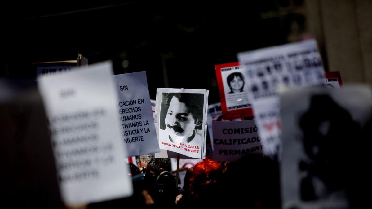 Familiares de Detenidos Desparecidos rechazan petición de indulto de ex agente de la CNI