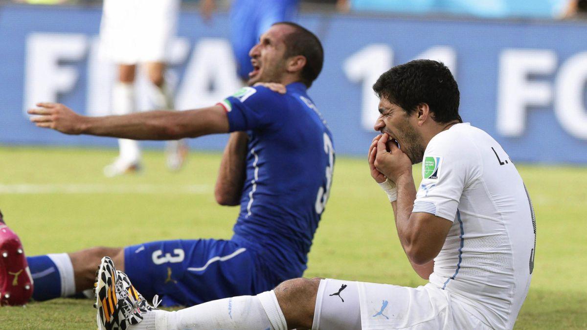 Suárez vs Chiellini: El reencuentro de los protagonistas de una polémica jugada