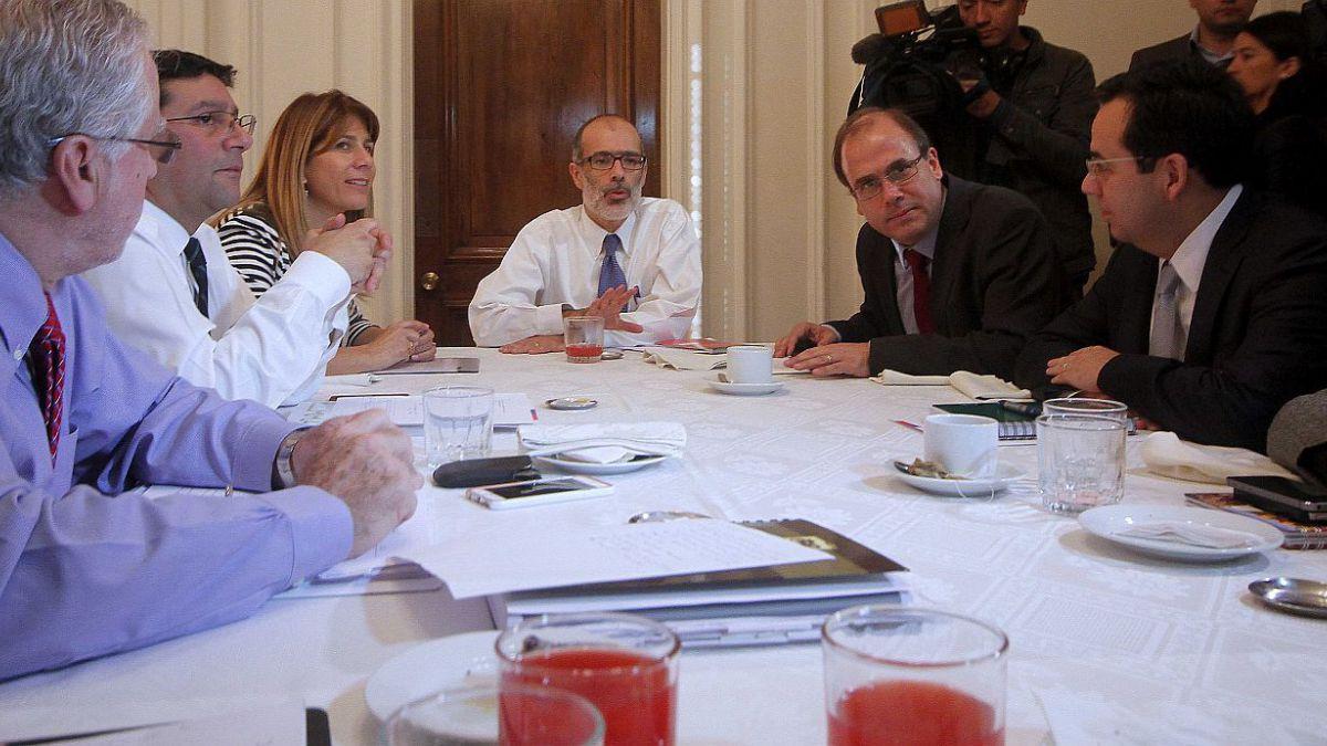 Ministro Valdés encabezó su primer comité de ministros del área económica