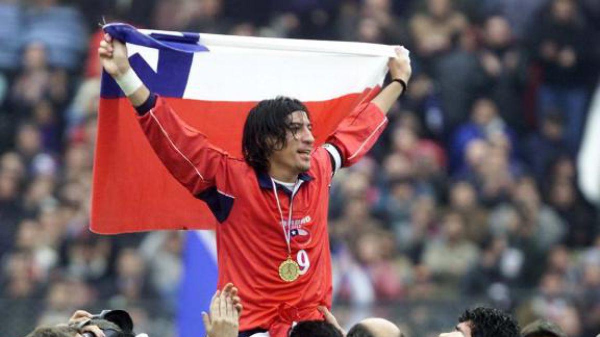 [FOTOS] Los diez chilenos con más presencias en la historia de la Roja