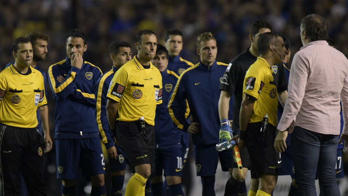 Conmebol descalifica a Boca Juniors de la Copa Libertadores por incidentes ante River