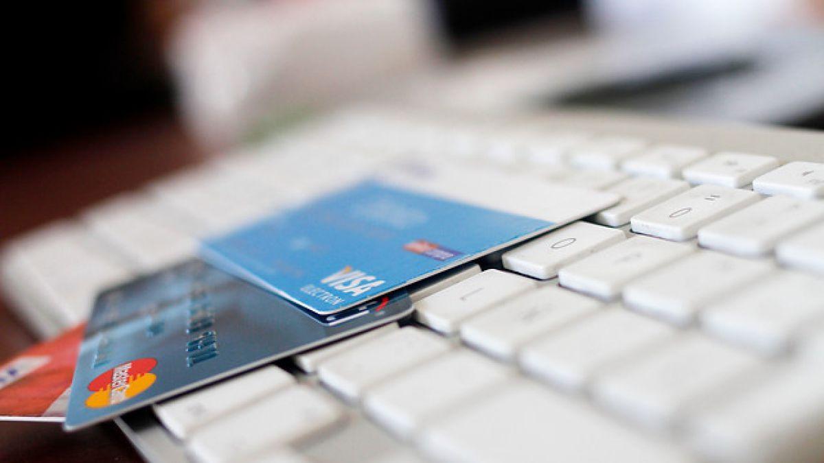 Consumidores califican con nota 4 a las tarjetas de crédito no bancarias