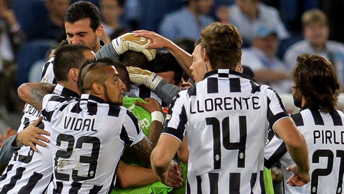 Arturo Vidal levanta un nuevo título en Itala